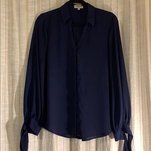 Express Navy blue sheet size M top